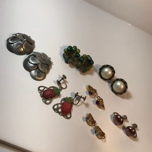 7 pairs vintage clip & screwback earrings